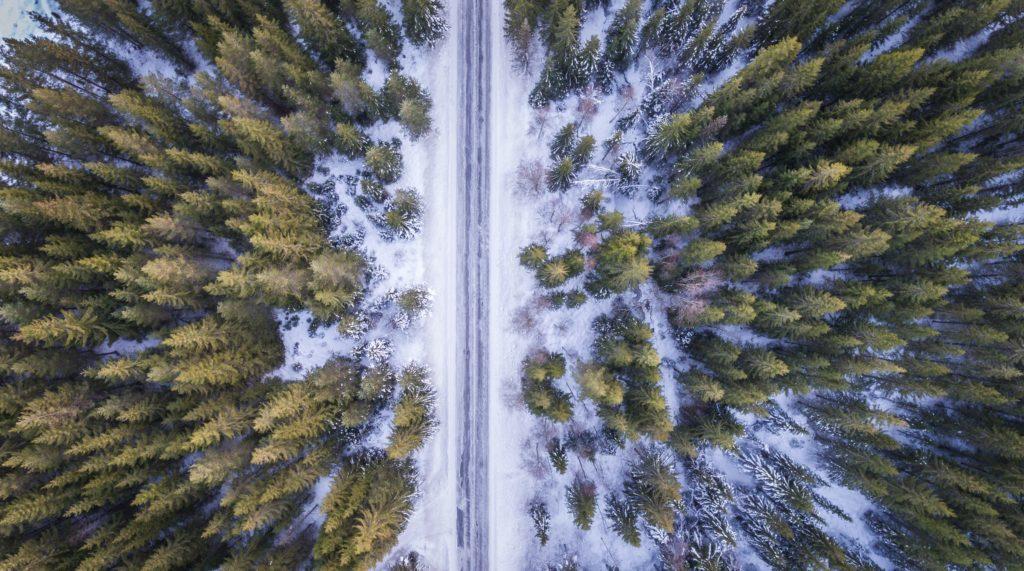 létání s dronem v zimě